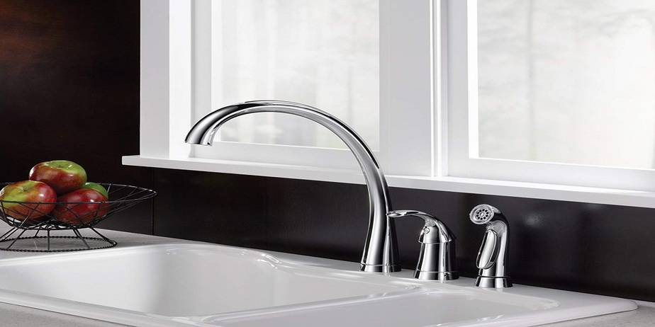 Best Delta Kitchen Faucet Reviews of 2019 - myclassykitchen